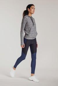 OV jogger girl